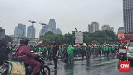 Gelar Demo, Netizen 'Curhat' Harga Ojek Online Melambung