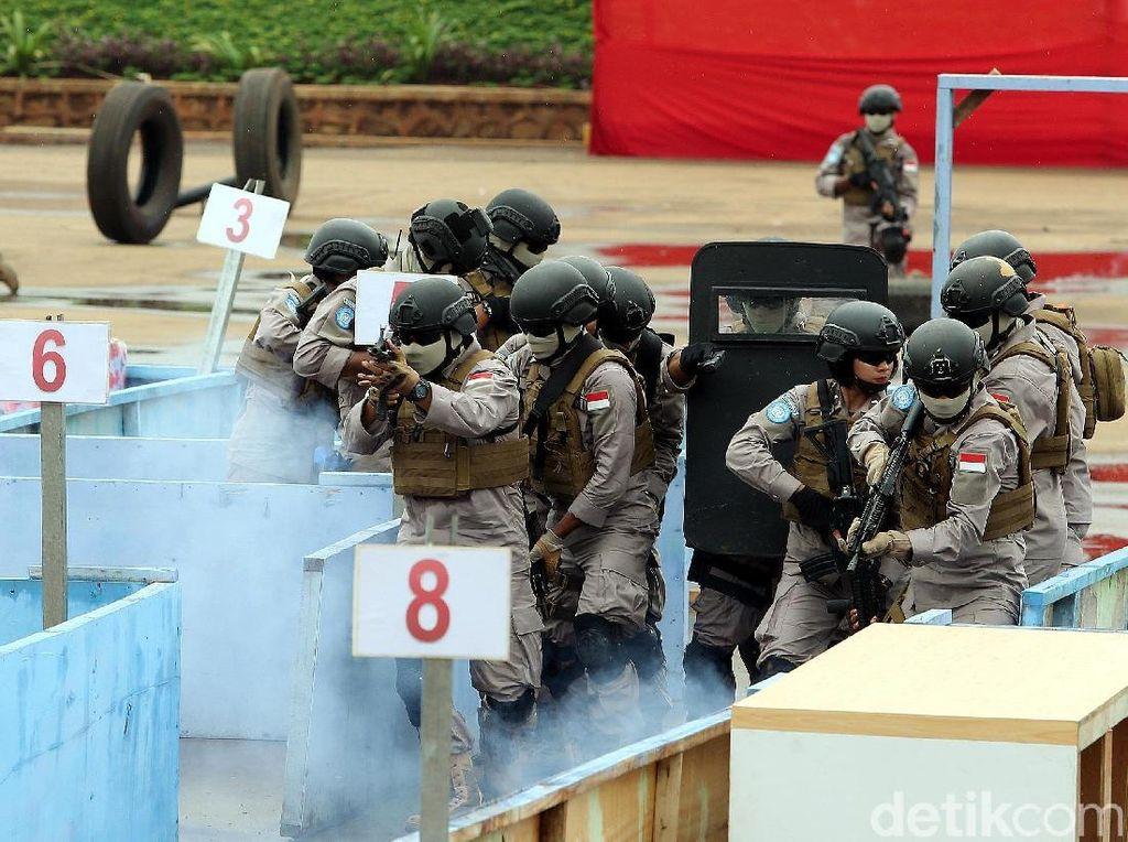 Karomisintel Hubungan Internasional Polri, Brigjen Pol Krishna Murti mengatakan pihaknya terkait rencana keberangkatan menunggu hasil assesment dari tim AAV. Itu sangat tergantung dari PBB.