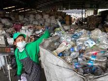 Jutaan Sampah Plastik Menumpuk di Pantai Australia