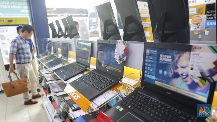 Pelemahan nilai tukar rupiah berdampak secara langsung bagi industri elektronik dalam negeri.