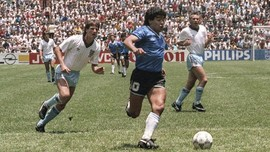 Maradona Cetak Gol Tangan Tuhan Tepat di Menit ke-51