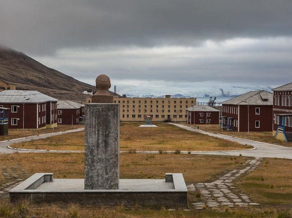 Penampakan Kota Hantu di Lingkar Kutub Utara