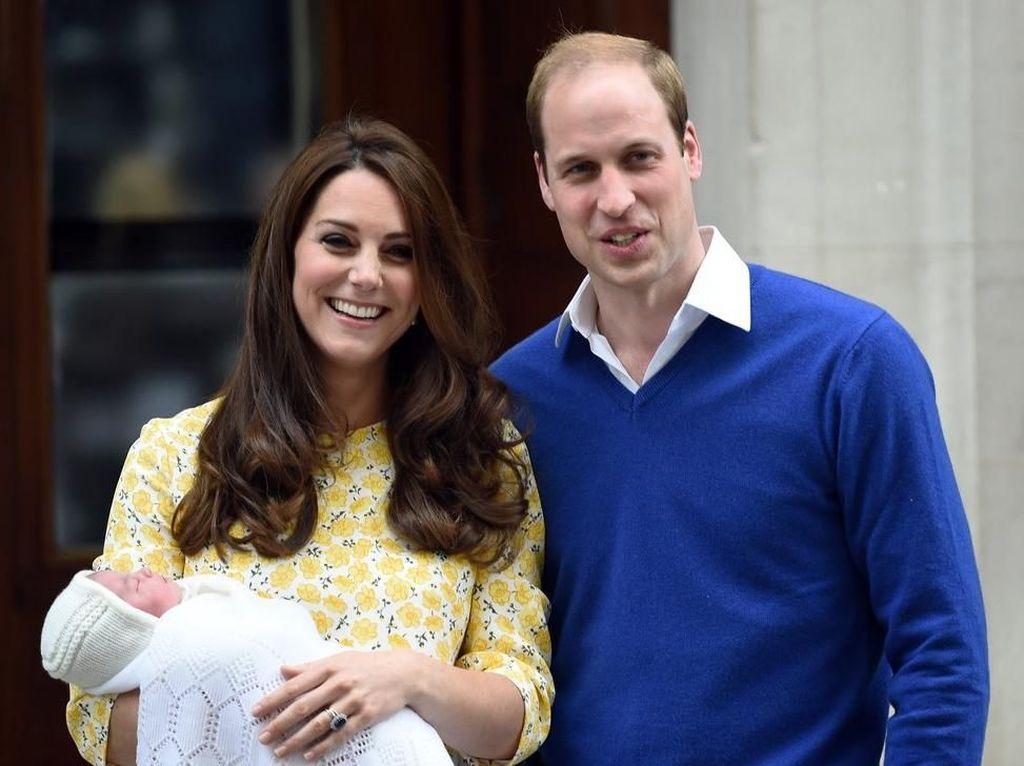 Foto: Beda Gaya Kate Middleton Pasca Melahirkan Anak ke-1 Sampai ke-3