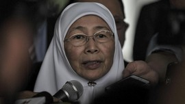 Wan Azizah Bakal Jadi PM Malaysia Jika Mahathir Resmi Mundur
