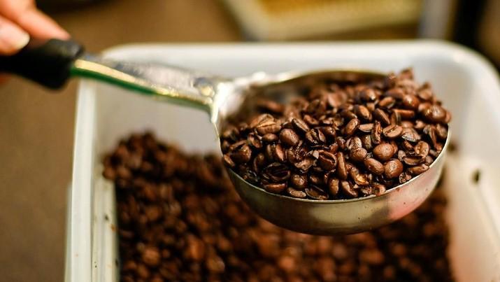 Manajemen Starbucks mengklaim untuk tetap bisa bersaing, Starbucks selalu berinovasi dengan menghadirkan kopi yang harus tersedia hingga 2 minggu sekali.