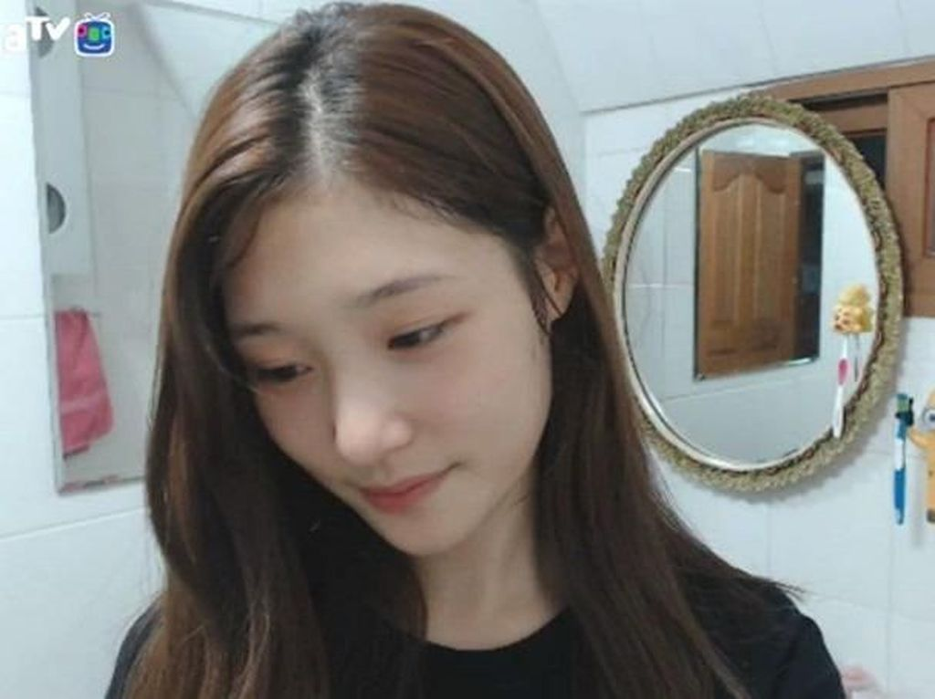 Tetap Cantik! Begini Wajah Asli 10 Idol K-pop Tanpa Makeup