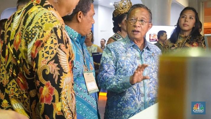 Menteri Koordinator Bidang Perekonomian Darmin Nasution secara resmi melantik dua pejabat pimpinan tingkat madya (Eselon I)