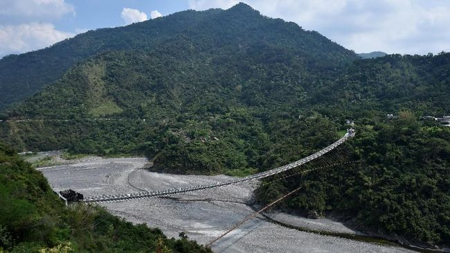 Ragam Jembatan Eksotis di Dunia