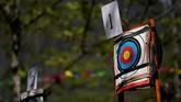 Menggunakan panah untuk berburu tidak bisa sembarangan. Dibutuhkan keahlian yang terlatih, bahkan sertifikat. (REUTERS/Aly Song)