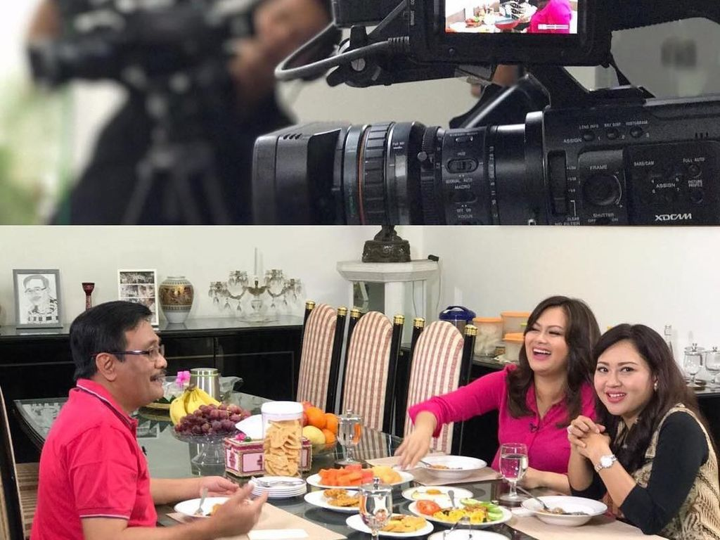 Begini suasana Happy dan Djarot saat makan sambil shooting sebuah acara di ruang makan rumahnya. Terlihat ada rekaman Happy sedang memasak hidangan yang sedang Djarot lahap. Foto: Instagram @happydjarot