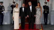 'Diplomasi' Melania Trump saat Menjamu Presiden Perancis