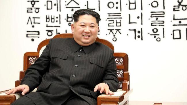 Kim Jong Un dan Mao Suit, Baju Kekuasaan yang Tak Terpisahkan