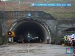 FOTO: RI Punya Tol dengan Terowongan Kembar Tembus Bukit