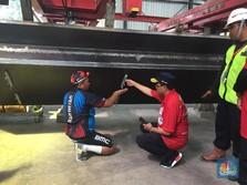 FOTO: Takjubnya Menhub Saat Kunjungi Pabrik Beton LRT