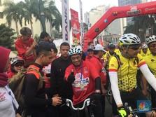 FOTO: Menhub Kampanye Mudik Aman Sambil Bersepeda Santai