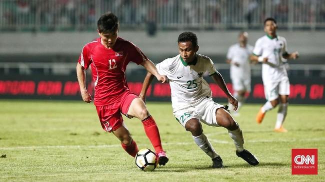 Kehadiran Osvaldo Haay sempat membuat serangan Timnas Indonesia semakin gencar, tapi semua peluang yang ada tetap gagal dimanfaatkan untuk mencetak gol. (CNN Indonesia/Andry Novelino)
