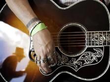 FOTO: Perusahaan Produksi Gitar Gibson Bangkrut