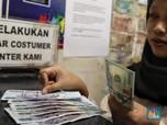 Pukul 12.00 WIB: Dolar AS Masih Dekati Rp 14.100