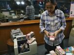Pukul 13.00 WIB: Bank Jual Dolar AS di Kisaran Rp 14.000