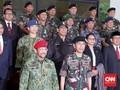 Sultan Brunei dan Jokowi Berseragam Loreng ke Mabes TNI