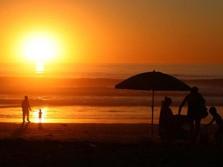 Dicari! Orang yang Mau Dibayar Rp 139 Juta Buat Motret Sunset