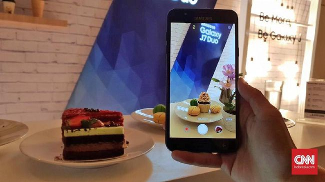 Samsung Galaxy J7 Duo Andalkan Kamera Ganda