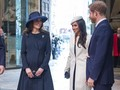 Mengulik Etika Bermesraan William-Kate dan Harry-Markle