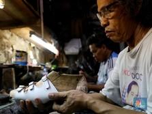 Video PHK Massal Pabrik Sepatu Viral, Ini Sederet Faktanya