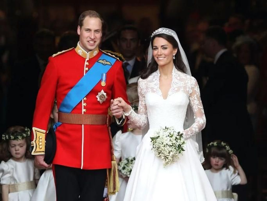 7 Gaun Pengantin Megah Putri Kerajaan Inggris yang Bikin Terkesima