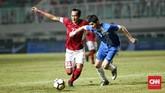 Lini pertahanan Timnas Indonesia yang dikomandoi Hansamu Yama Pranata juga kembali berhasil melakukan clean sheet di PSSI Anniversary Cup 2018. (CNN Indonesia/Andry Novelino)