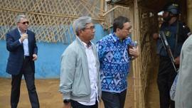 Hadiri KTM OKI, Wamenlu RI Sambangi Pengungsi Rohingya