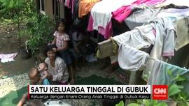Satu Keluarga Tinggal di Gubuk