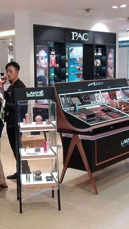 Diskon Lakme dan Max Factor di Transmart Carrefour Lebak Bulus