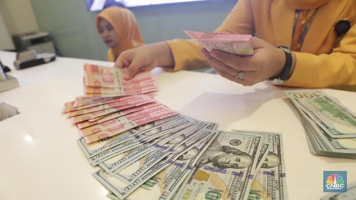 Pukul 12:00 WIB: Rupiah Berada di Rp 14.380/US$