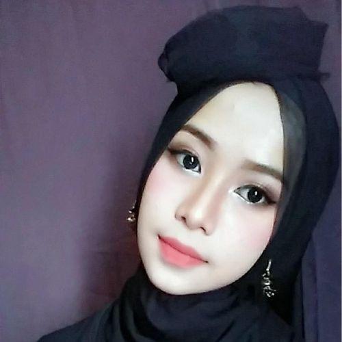 Intip Cantiknya Mahasiswi Bandung yang Siap Audisi Sunsilk Hijab Hunt 2