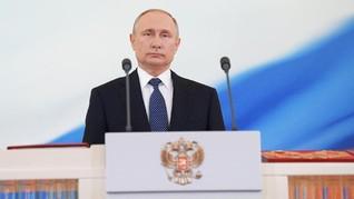 Elton John Sebut Vladimir Putin Munafik