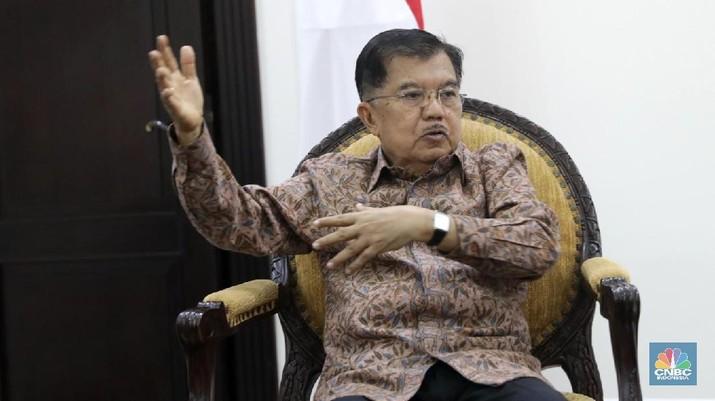 Wakil Presiden Jusuf Kalla saat di temui di kantor Wakil Presiden RI, Jakarta, Senin (07/5).