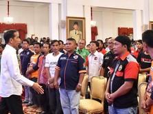 Sopir Truk Sebut Pungli Sampai Rp 2 Juta, Jokowi: Kok Gede?