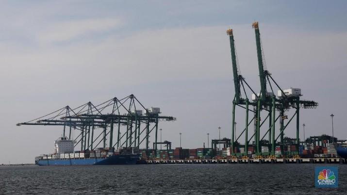 Pelabuhan Patimban masih harus menuntaskan proyek antara lain jembatan penghubung.