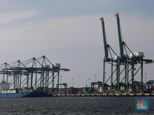 Menteri Rini Resmikan 16 Pelabuhan Rp 2,15 T di Timur RI
