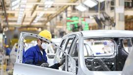 Pabrik Otomotif RI Tutup Efek Corona, Pekerja Tetap Gajian