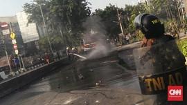 VIDEO: Kericuhan Warnai Pengosongan Rumah Dinas TNI