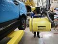 Trump Disebut Ingin Melarang Mobil Jerman Masuk AS