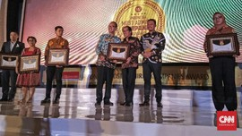 Trans Corp Raih Penghargaan Perusahaan Televisi Idaman