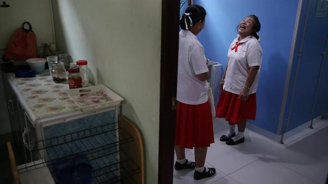 Saat ini, ada 7,5 juta penduduk berusia 65 tahun ke atas di Thailand. Jumlah ini diproyeksikan mencapai 17 juta pada 2040 nanti. (REUTERS/Athit Perawongmetha)