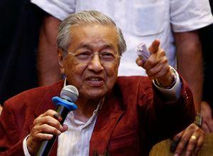 Soal Sawit, Mahathir Sebut Eropa Munafik dan Tukang Bully