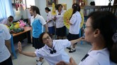 Di Thailand, lansia sendiri menjadi salah satu kelompok demografi yang harus jadi perhatian pemerintah. Berdasarkan data bank dunia, pada 2040 nanti Thailand akan memiliki porsi penduduk usia tetua tertinggi di Asia bagian Timur. (REUTERS/Athit Perawongmetha)