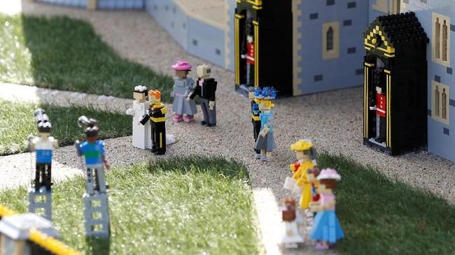 Tentu saja itu bukan upacara pernikahan yang dipercepat dari tanggal semula, 19 Mei. (REUTERS/Peter Nicholls)