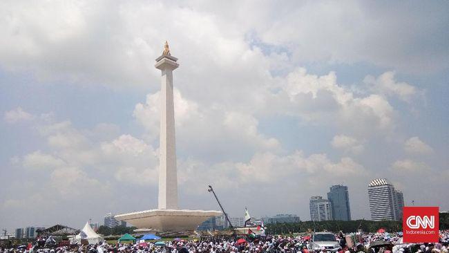 Pemprov DKI Gelar Tarawih Akbar di Monas pada 26 Mei