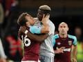 Mourinho Klaim Paul Pogba dan Gelandang West Ham Berciuman